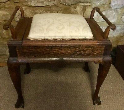 Very sturdy antique wood piano stool dressing room seat with storage