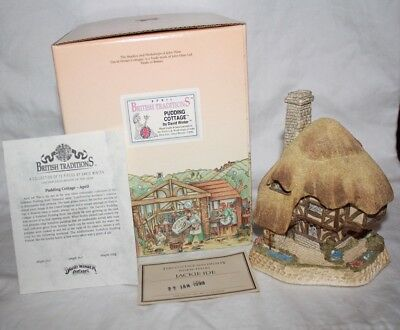"""(W-23) David Winter Cottages """"april British Traditions-Pudding Cottage"""""""