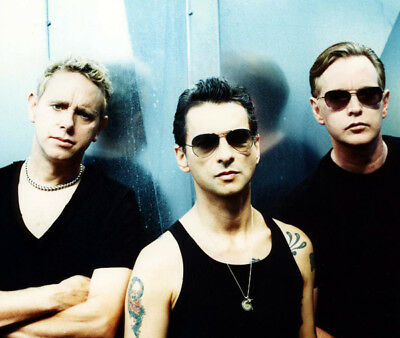 Depeche Mode UNSIGNED photograph - M9901 - English electronic band - NEW IMAGE!!