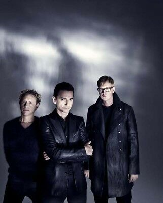 Depeche Mode UNSIGNED photograph - M9906 - English electronic band - NEW IMAGE!!
