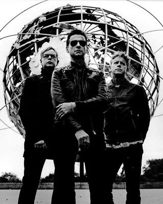 Depeche Mode UNSIGNED photograph - M9919 - English electronic band - NEW IMAGE!!