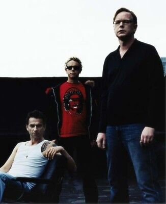 Depeche Mode UNSIGNED photograph - M9923 - English electronic band - NEW IMAGE!!