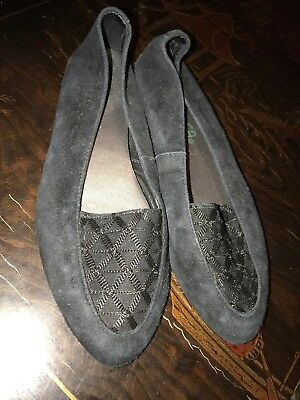 90c0afd0ef6 UNISA WOMANS FLATS Size 9 Brown Leather Bow Loafers Tortoise Print ...