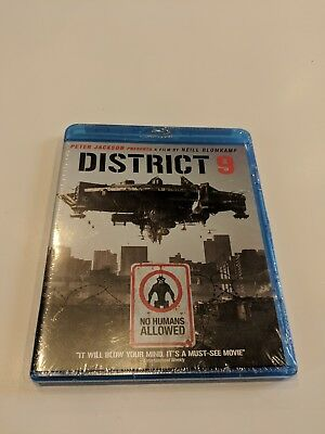 District 9 (Blu-ray Disc, 2009) new in original packaging