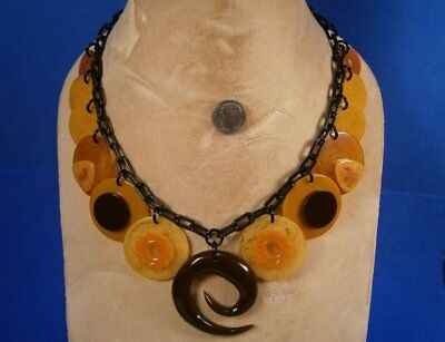 BAKELITE! Chocolate Swirl & Butterscotch Flowers on Poker Chips Buttons Necklace