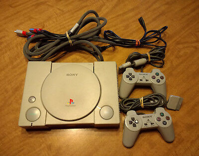 Sony PlayStation 1 PS1 With Two Controllers (SCPH-9001)