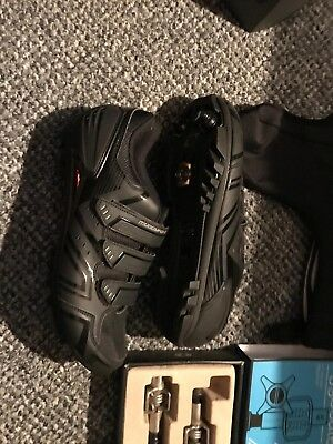 mens cycling shoes size 11