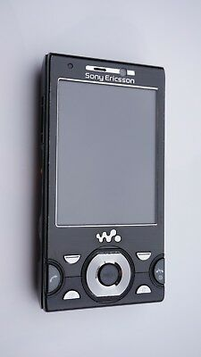 Sony Ericsson Walkman W995 Black(Unlocked) in very good condition w/ accessories