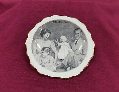Plate Queen Elizabeth Prince Phillip Charles & Ann Royal Family 1951 - 53