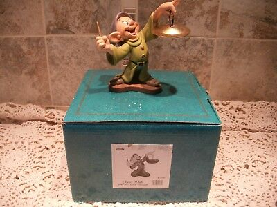 Walt Disney Classic Collection Snow White Dopey With Box