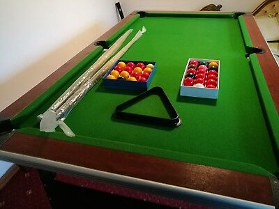 Snooker / Pool table 7ft by 4ft, green, used