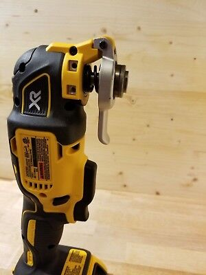 *new* Dewalt Dcs355 Oscillating Multi Tool, Plus New Dcb203 Battery