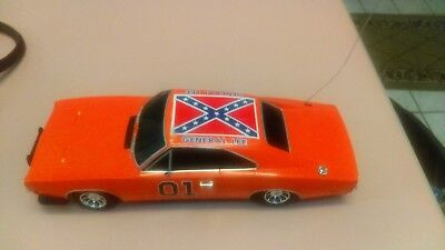 The Dukes of Hazzard General Lee 1969 Dodge Charger 1:18 Scale Malibu Model 2005