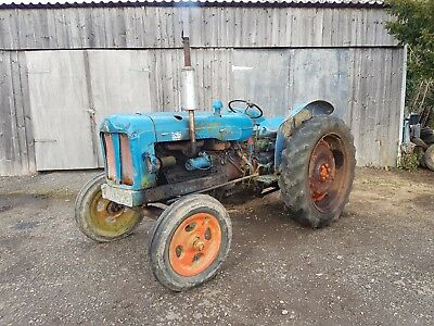 Fordson Major Vintage Tractor,diesel major, restoration,barn find,timber tractor