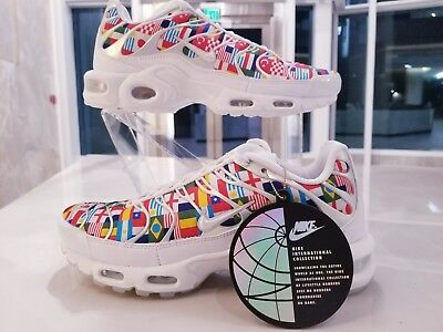 NIKE AIR MAX Plus Tn Nic QS Tuned World Cup Flags White