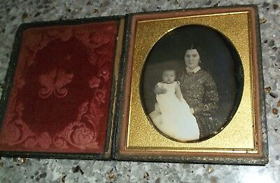 1/6th Plate Daguerreotype of Mother and Child