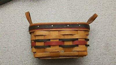 Longaberger American Small Tea Basket Leather Handles Plastic Insert 1993