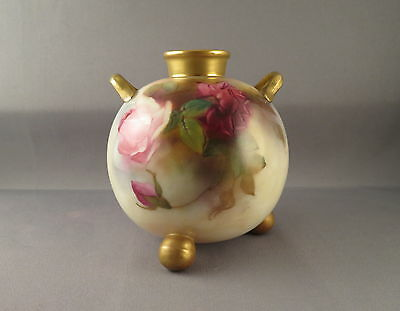 Royal Worcester twin handled, 3 legged posy vase with hand painted Roses 1912