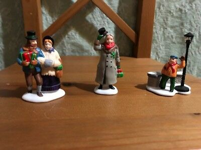 Pre-Owned Dept 56 Dickens Village A Christmas Carol Morning - Set of 3, #5588-3