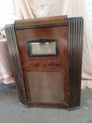 RADIOGRAM Collaro gramophone motor, collectable, antique style cabinet