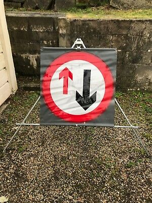 Oncoming Traffic Priority Roll-Up Road Sign & Tripod Stand