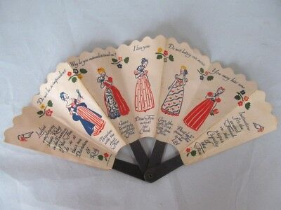 VINTAGE 1939 OLD SPICE SHULTON TALCUM FOLDING LADIES HAND FAN of COQUETRY