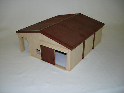 1/64 Ertl Brown Horse Shed Building Toy