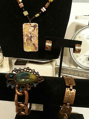 Lot of vintage copper/brass Jewelry lot  necklace pair earrings and 2 bracelets