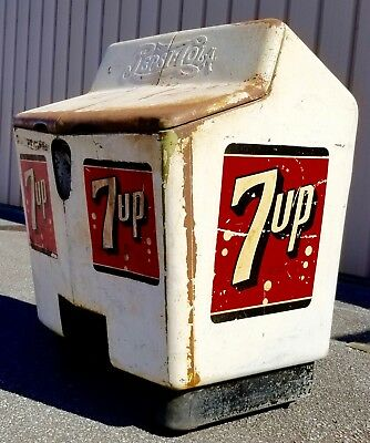 Very Rare! Antique Early 1940's 7Up / Pepsi ice chest Gullwing by Heintz