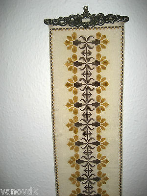 Retro Petite Point Needlepoint Tapestry Bell Pull with Brass Hardware #7