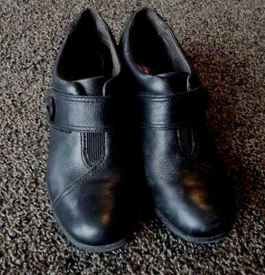 Montana Size 8 M Black Leather Slip On Shoes Excellent Pre-owned