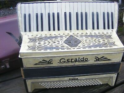 Accordion Italian Geraldo Cased