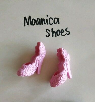 MOANICA D'KAY pink roses MONSTER HIGH doll  shoes excellent used cond