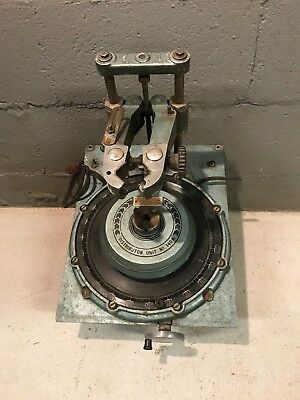 SUN DISTRIBUTOR TESTER MACHINE No 140A HEAD UNIT ONLY. PARTS OR REPAIR.