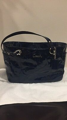 fbf98eece6 COACH NAVY BLUE leather handbag used -  95.00