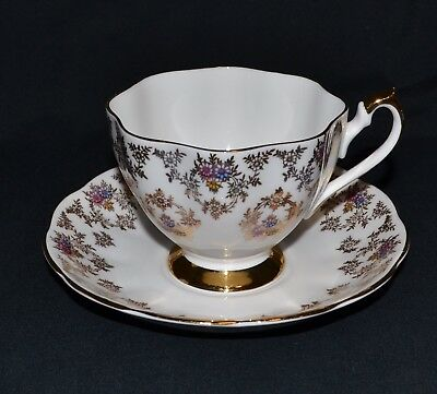 Queen Anne bone china England tea cup and saucer vintage