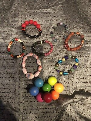 Small Lot Of 8 Beaded Bracelets! Nice Costume Jewelry!