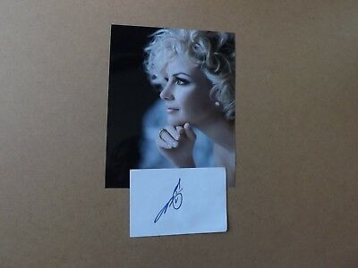 Faith Hill 'Country singer-producer' signed - COA