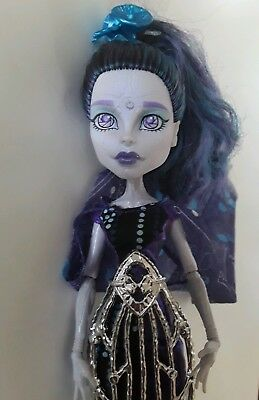 ELLE EEDEE Boo York HTF  MONSTER HIGH doll excellent used condition Mattel