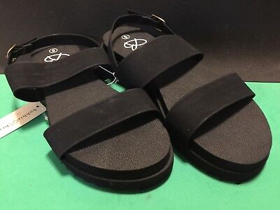 118d50e599cdf NEW Bobbie Brooks Black Double Strap Sandals Women s Size 6 Slip On Flip  Flop