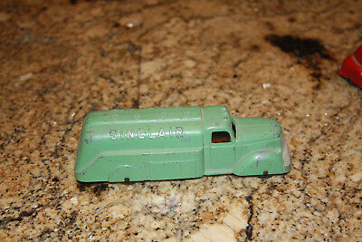 Vintage Original Sinclair Tootsietoy Tanker Truck Gas Station Oil Refinery