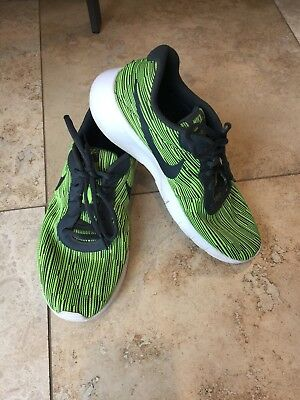 785b16f504eefc Nike Boys Athletic Shoes 859613-700 Highlighter Yellow and Black Size 7  youth 7Y