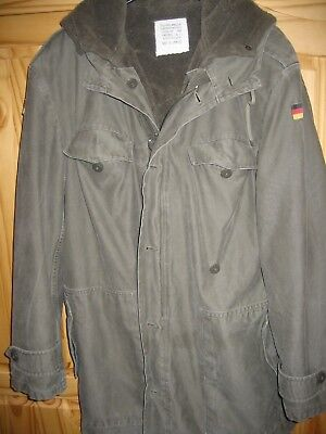 Genuine german army cold weather parka w.detachable fur liner, XL Chest 44 inch