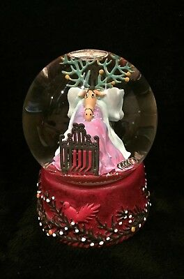 Department 56 Musical Snow Globe Put On A Happy Face Reindeer Get