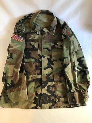 ba69037d1a0 Military US ARMY Fatigue Camo Airborne Paratrooper Rifle Big Red 1 Soldier  Coat