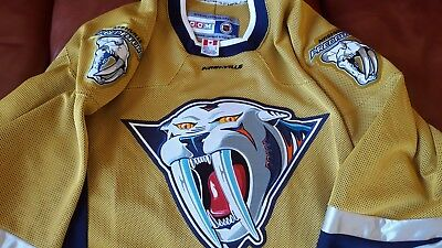 Nashville-Predators-Alternate-Jersey-Lar
