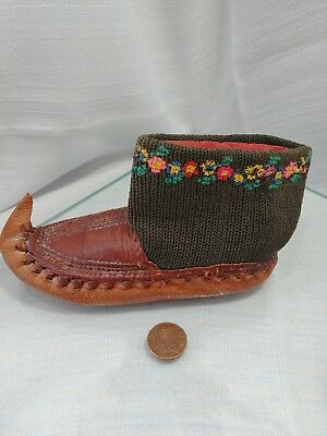 Antique Finnish Sami leather hand made FOLK SHOE childs moccasin Pin Cushion
