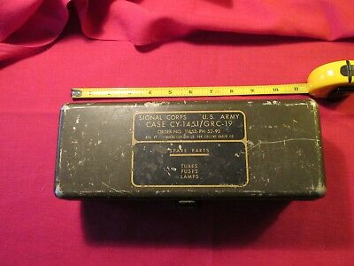 Vintage US Army Signal Corps Case tubes fuses lamps Collins Radio Stromberg Carl