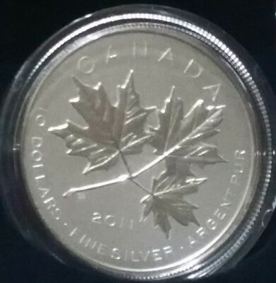 2011 $10 Silver coin  MAPLE LEAF FOREVER - - M10000 15.87g 34mm 99.99Fine