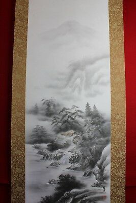 "Japanese hanging scroll Handpainted on silk  ""Sansui-zu"" signed Unsen 雲泉"
